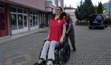 التركية رميسا تدخل موسوعة غينيس كأطول امرأة في العالم