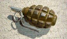 تفكيك قنبلة يدوية موضوعة أسفل سيارة مواطن في بلدة طفيل الحدودية