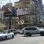 النشرة: شخص يقطع أوتوستراد بيروت - جل الديب عبر ركن سيارته بمنتصف الطريق