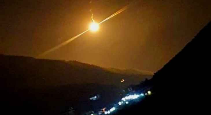 الجيش الإسرائيلي اطلق قنابل مضيئة فوق سهل مرجعيون إلى الشرق من مستعمرة المطلة