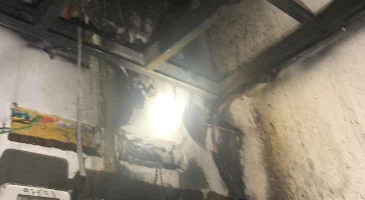 حريق داخل غرفة للتغذية بالطاقة الكهربائية في زوق مصبح