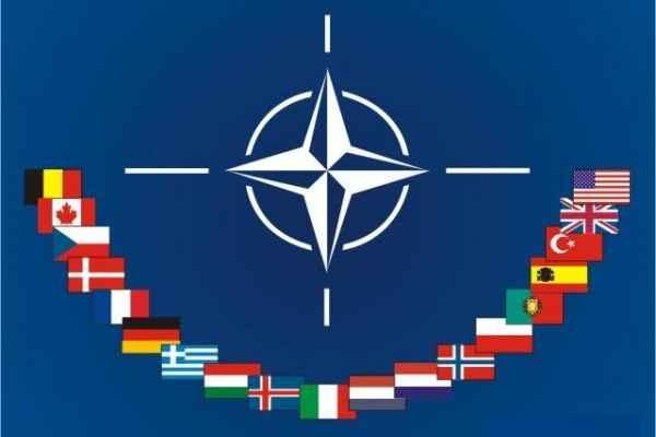 الناتو: الإصلاحات لن تكفل لأوكرانيا انضمامها للحلف
