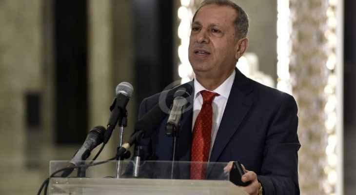 طرابلسي تقدم باقتراح قانون يرمي الى الغاء الامتحانات الرسمية