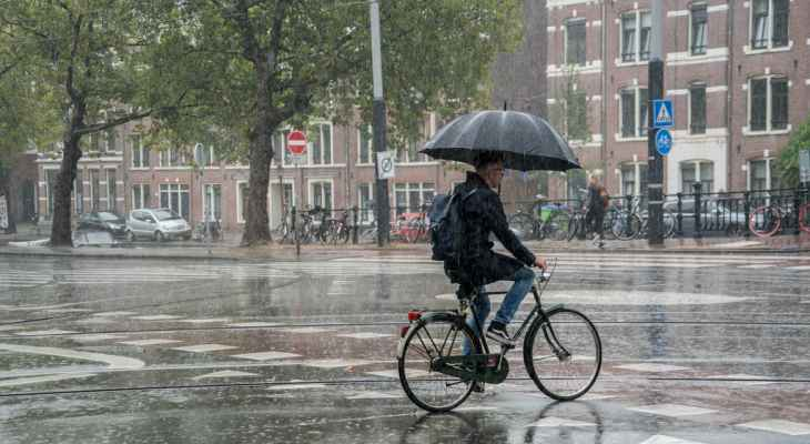 إجلاء آلاف الأشخاص في هولندا بسبب سوء الأحوال الجوية