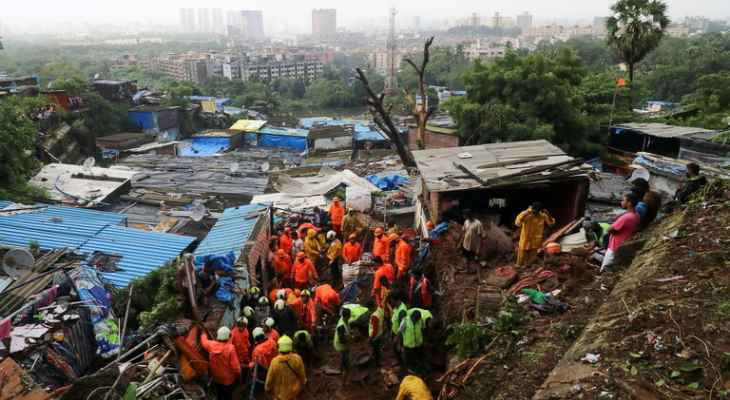 قتلى وجرحى بإنهيار مبنى سكني في الهند نتيجة هطول الأمطار