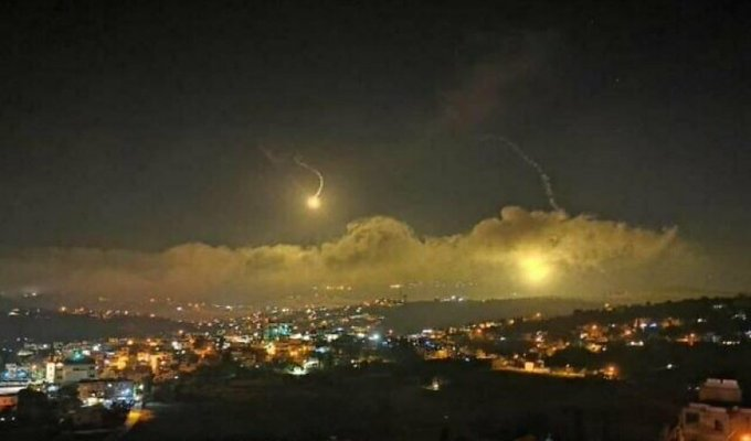 الجيش الاسرائيلي اطلق قنابل مضيئة في سماء المطلة للاشتباه بمحاولة تسلل