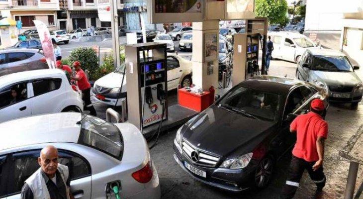النشرة: طوابير السيارات على حالها أمام محطات المحروقات في حاصبيا