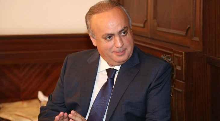 """وهاب: """"بدي حدا يفهمني شو بيجي يعمل وزير الطاقة بالمكتب؟"""""""