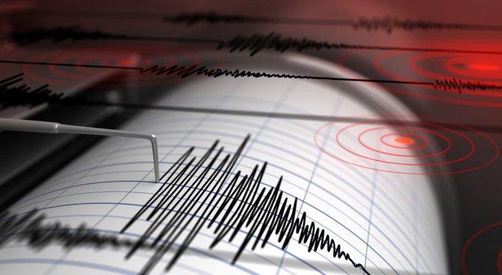 زلزال بقوة 4.9 درجات ضرب ضواحي محافظة فارس جنوبي إيران
