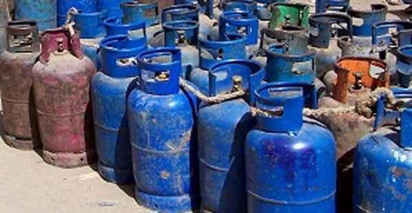نقابة العاملين والموزعين في قطاع الغاز: فقدان المازوت يُنذر بتوقّف توزيع القوارير