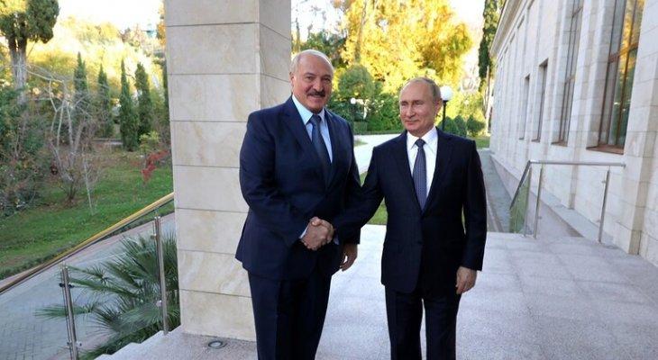 """بوتين بحث مع لوكاشينكو نتائج تدريبات """"الغرب- 2021"""" والوضع في أفغانستان"""