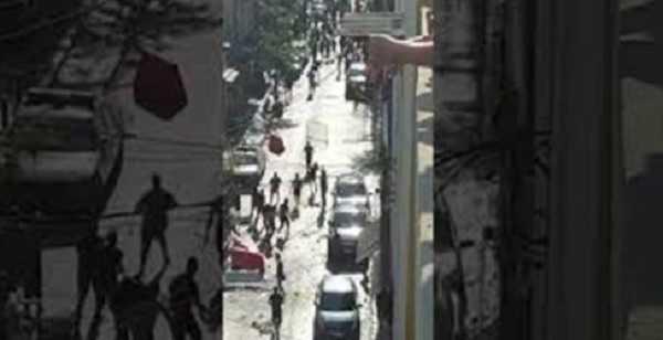 """قوى الأمن تطلق النار في الهواء لفض اشكال """"القوات"""" و""""الشيوعي"""" في الجميزة"""
