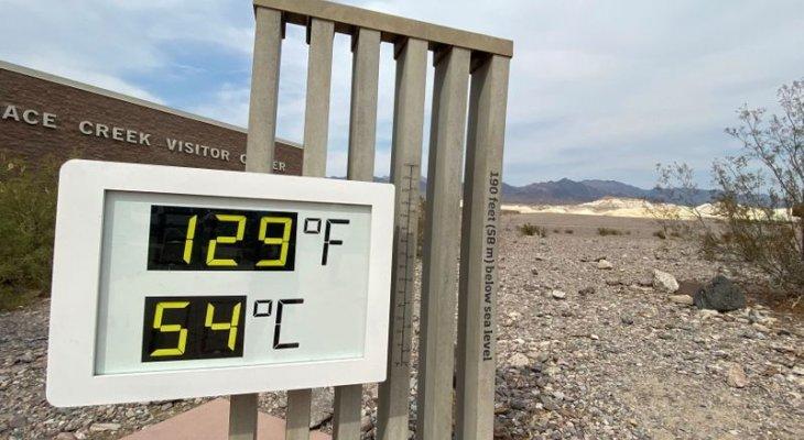 هيئة الأرصاد الجوية الأميركية: موجة حر جديدة في المناطق الغربية مع إمكانية وصول الحرارة إلى 54 درجة