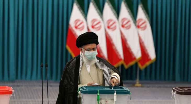 خامنئي: الشعب الإيراني أظهر عزمه الراسخ على اتباع طريق الثورة الإسلامية