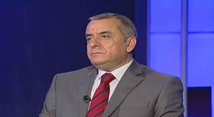 عبيد: الفرنسيون غير متمسكين بالحريري وهناك إنكفاء أميركي تجاه لبنان