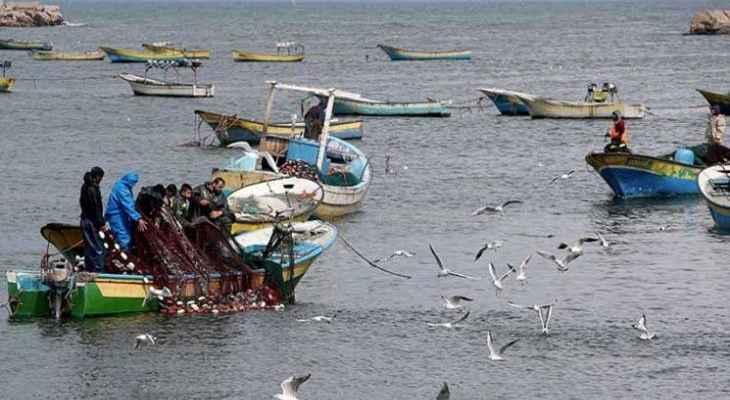 السلطات الإسرائيلية تسمح بتوسيع مساحة الصيد البحري في قطاع غزة