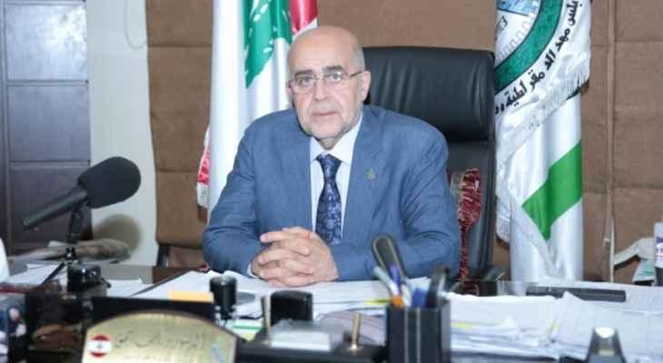 يمق: لم يتم طرد أحد ولعمال البلدية حق التعبير عن الرأي بوقفة احتجاجية من دون قطع الطرقات