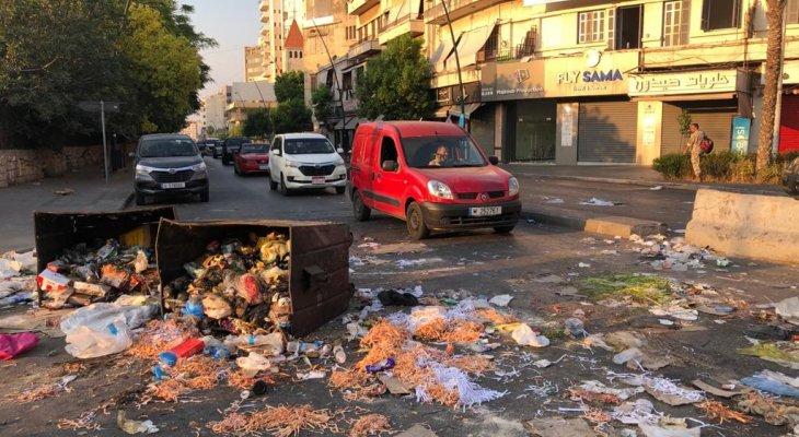 النشرة: قطع الطريق في شارع رياض الصلح بصيدا