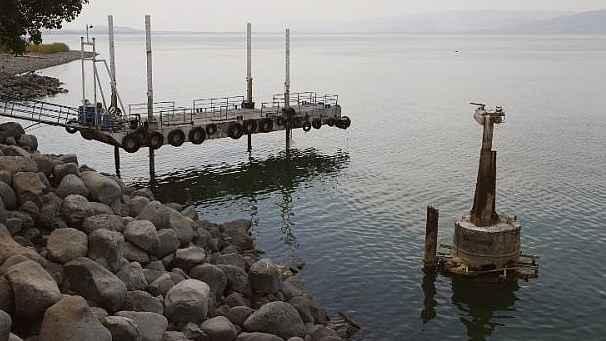 يديعوت أحرنوت: رئيس الوزراء الإسرائيلي صادق على بيع كميات إضافية من المياه للأردن